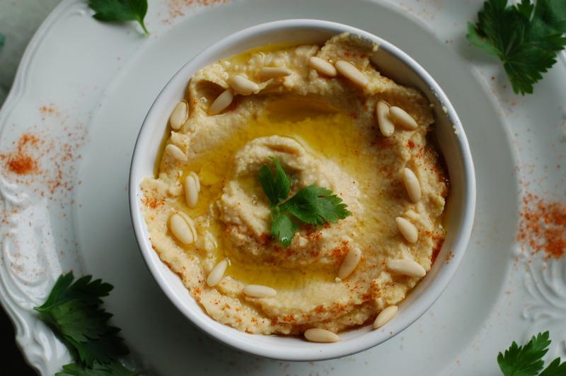 humus - doskonała przekąska z cieciorzycy