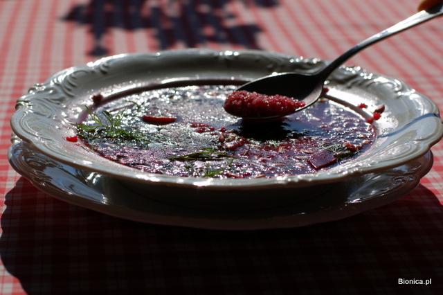 barszcz z quinoa