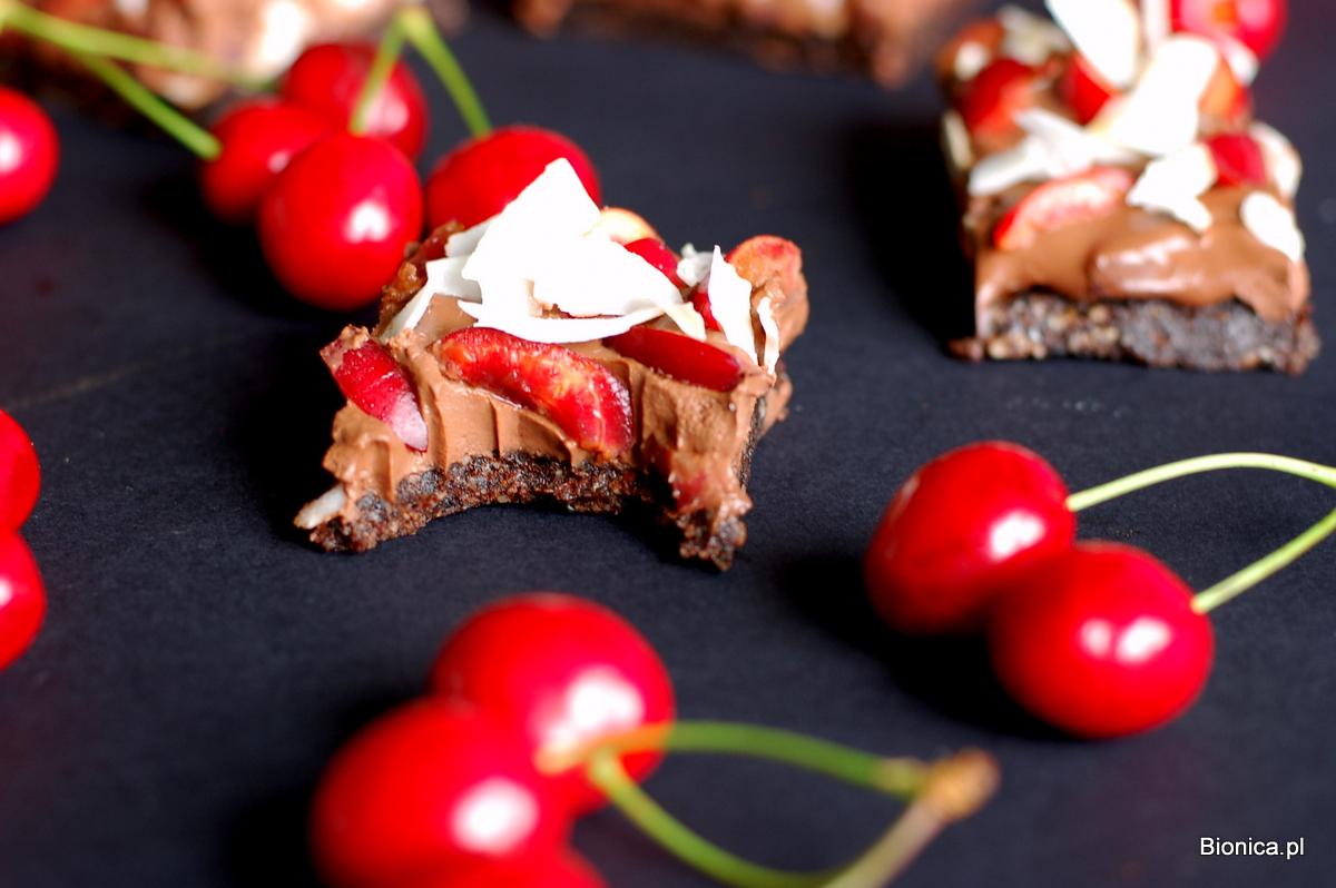 tarta czekoladowo-czereśniowo-kokosowa